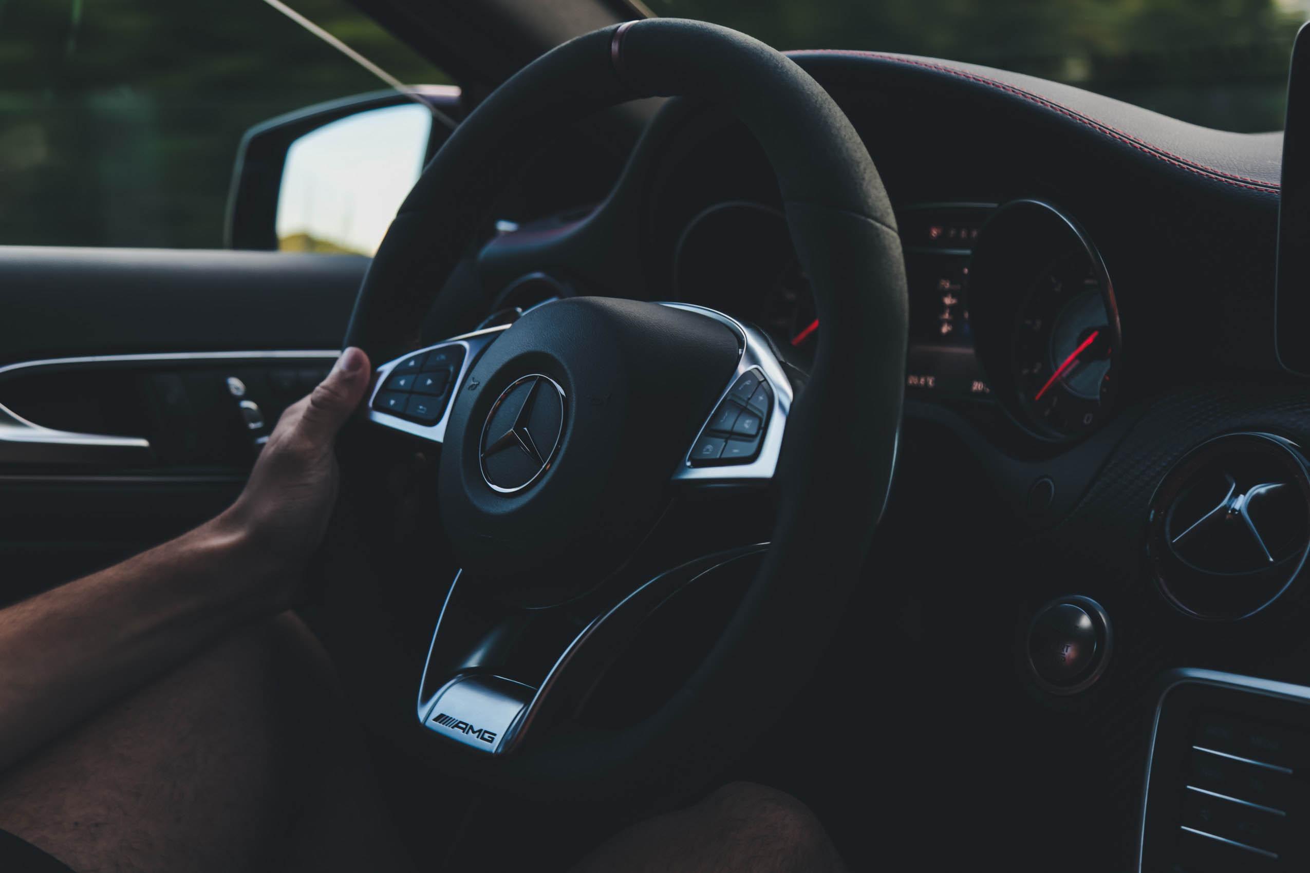 Mercedes indeni